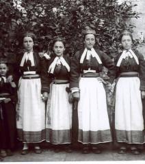 6 Evojaka Oko 1900