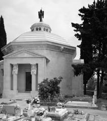 Mauzolej I Groblje
